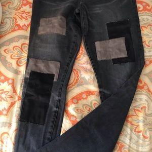 ABERCROMBIE patched jeans